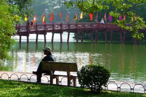 1150373_hoan_kiem_lake_hanoi